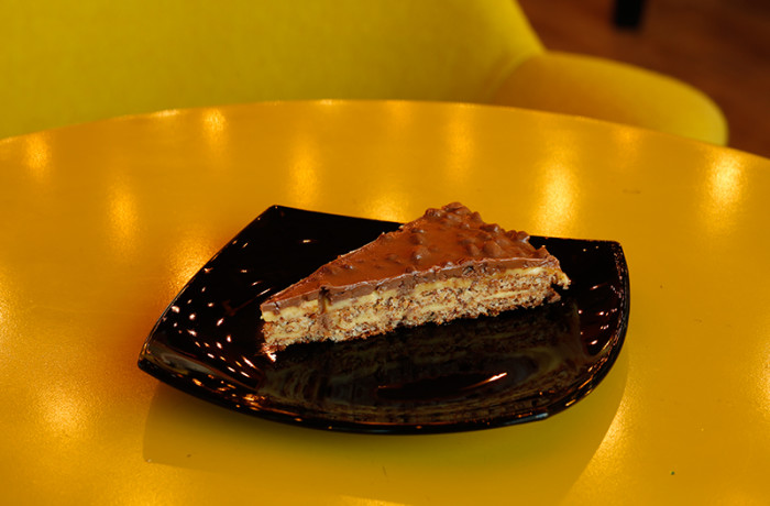 Шоколадова торта 2
